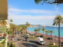 Четырехкомнатная квартира на Promenade des Anglais
