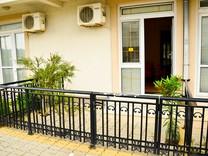 Двухкомнатная квартира с участком в Сутоморе