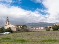Красивая вилла с тремя спальнями в Grasse
