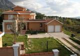 Элегантное имение с видом на море в Kavac