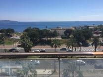 Трёхкомнатный пентхаус напротив моря в Ницце