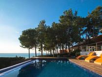 Элегантный дом рядом с морем в Сан-Поль-де-Мар