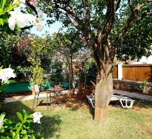 Двухкомнатная квартира с садом на мысе Cap-Ferrat, продажа. №37379. ЭстейтСервис.