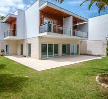 Стильный дом в кондоминиуме в Кашкайш, Costa da Guia, продажа. №42234. ЭстейтСервис.