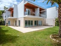 Стильный дом в кондоминиуме в Кашкайш, Costa da Guia