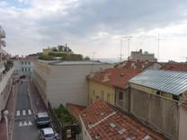 Апартаменты под сдачу в Босолей