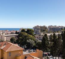 Квартира с видом на море и Parc d'Estienne d'Orves в Ницце , продажа. №40585. ЭстейтСервис.