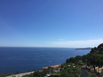 Квартира с видом на море в двух минутах от Монако
