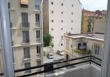 Просторная квартира с балконом по Rue Rossini