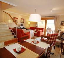 Вместительные апартаменты с тремя спальнями в Chiva, район El Bosque, продажа. №10296. ЭстейтСервис.