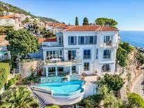 Престижный особняк возле моря на Cap de Nice