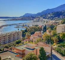 Пентхаус с паркингом и видом на море в Ментоне, продажа. №36484. ЭстейтСервис.