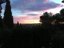 Уютная вилла с панорамным видом в 15 минутах от Канн