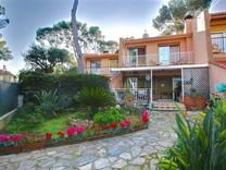 Парный дом возле пляжа в Roquebrune-Cap-Martin
