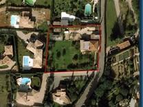 Семейное имение с шикарным участком в Mougins