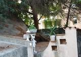 Двухуровневый таунхаус под ремонт в Каннах