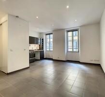 Квартира в самом центре Канн - rue Hélène Vagliano, продажа. №42682. ЭстейтСервис.