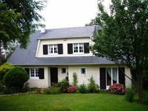 Дом во Франции, в 25 км от Парижа