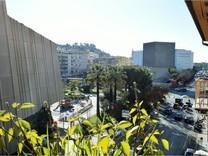 Пятикомнатный пентхаус возле Дворца конгрессов Acropolis