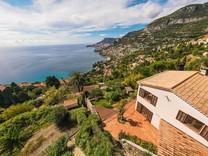 Вилла с уникальным 180°-м видом на море и Монако