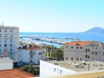 Квартира с видом на море, набережную Круазет и Порт Канто