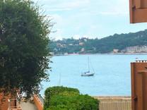 Две квартиры с видом в районе порта La Darse