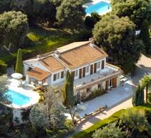 Дом с видом на море в районе Parc des Mimosas, продажа. №40330. ЭстейтСервис.