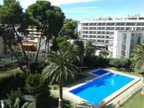 Трехкомнатные апартаменты в Салоу, Platja dels Capellans