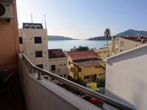 Комфортабельная квартира рядом с морским берегом в Рафаиловичах