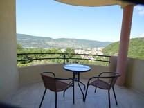 Квартира с панорамным видом в районе Топла