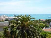 Дуплекс с видом на море в районе La Rostagne