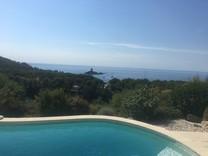 Пятикомнатная вилла с морской панорамой в Аге