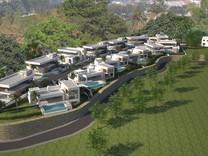 Большая вилла с 5 спальнями в Бенахависе