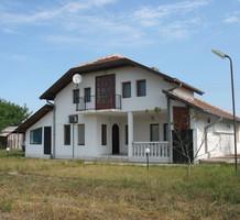 Дом с большим участком возле Видина, продажа. №6114. ЭстейтСервис.