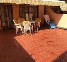 Апартаменты с тремя спальнями и большой террасой в Calonge, продажа. №38203. ЭстейтСервис.