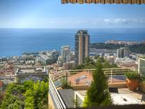 Дуплекс с панорамным видом на море в Босолей