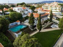 Шикарный особняк в секторе Monte Estoril