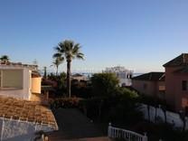 Вилла в 500-х метрах от пляжа в Marbella