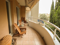 Квартира в резиденции с бассейном в Cannes-la-Bocca