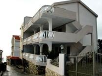 Гостиница рядом с пляжем в Утехе