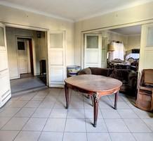Большая квартира под ремонт рядом с морем в Каннах, продажа. №39431. ЭстейтСервис.