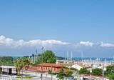 Апартаменты с видом на порт и море в Антибах