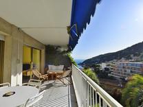 Трехкомнатная квартира с видом на море и Mont Boron