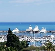 Квартира с захватывающим видом на море и порт в Антибе , продажа. №40667. ЭстейтСервис.