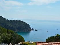 Вилла с шикарной панорамой в Lloret de Mar