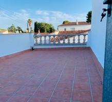 Стильный таунхаус с тремя спальнями в Vilafortuny, продажа. №37968. ЭстейтСервис.