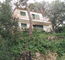 Дом с приятным видом на море в Йорет Де Мар, продажа. №37670. ЭстейтСервис.