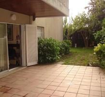 Четырехкомнатная квартира с частным садом в Platja d'Aro, продажа. №38293. ЭстейтСервис.