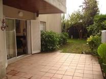 Четырехкомнатная квартира с частным садом в Platja d'Aro