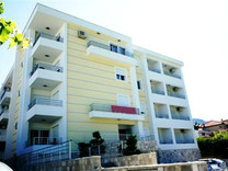 Апартаменты в Петроваце на берегу моря